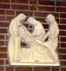 Chemin de croix: la mise au tombeau