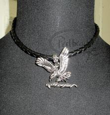 Halsbänder Kunstleder mit Anhänger