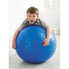 Balle géante de thérapie et de massage pour la gymnastique enfants. Matériel de gymnastique enfants avec cette balle à picots massante à acheter au meilleur prix.