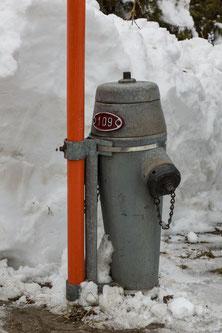 einsatztauglicher Hydrant im Winter