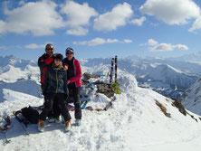 Christian, Fanny et Bernadette et la joie du sommet, magnifique ce jour-là !