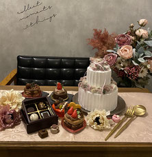 フェイクケーキがたくさんのフォトスペース
