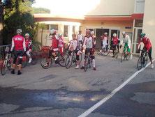 8h30, devant le garage à vélos