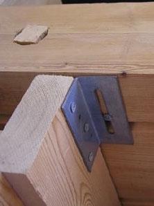 Rutschbeschlag, Gleitbeschlag, Blockhausbau, Isoliertes Holzhaus, Bausatz, Bauen, Eigenleistungen, Renovieren, Isolieren
