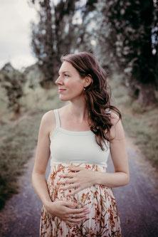 Schwanger Bellyshooting Pregnant Relaxed Entspannt selbstbewusst