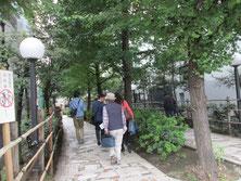 """新宿遊歩道公園""""四季の路"""""""