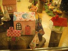 パッチワークで作ったミニハウス