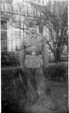 Bild 4 der Serie: Flehinger Soldat