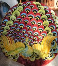 piatto di ceramica dipinto a mano