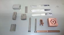 金属部品加工へのリンク-金属部品写真