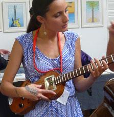 Taimane Gardner et la Mississippi Stradivarius.