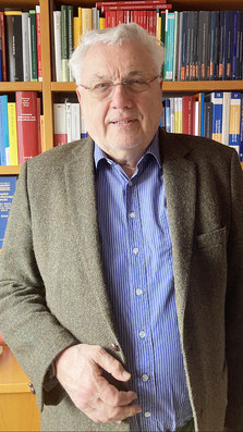 HON.-PROF. DR. DR.H.C. RUDOLF MÜLLER Präsident der Österreichischen Juristenkommission (ÖJK)