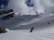 Bon ski dans La Combe de Bella Cha