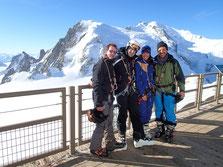 La belle équipe du jour à l'Aiguille du Midi