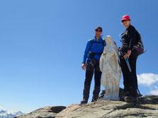Un beau sommet du Ruitor avec la Madone, par une superbe journée. Le top!