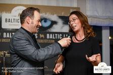 Interview Frauke Berner zur Spende © ExperiArts Entertainment - Stefan Stuhr