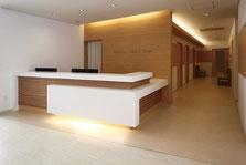 Muebles para recepciones de hotel, mobiliario para lobby y recepciones.