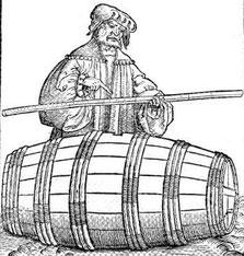 Volumenbestimmung an einem Weinfass