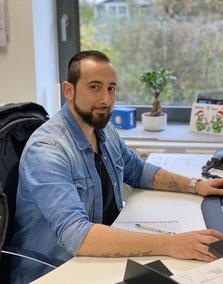 Luciano Di Leo: Auftragsannahme/ Kundenservice