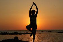 Nichtraucher durch Hypnose Yoga Bewegung Entspannung