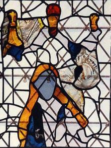 Teile eines Buntglasfensters