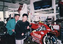 全日本選手権第2戦、富士スピードウェイのピットにて