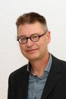 Raadslid Lodewijk Duyvendak voerde namens PRO het woord in de Statencommissie