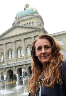 SP-Nationalrätin Jacqueline Badran aus Zürich vor dem Bundeshaus in Bern.
