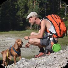 Hundetrainer Philip Engelmann mit Cocker Spaniel