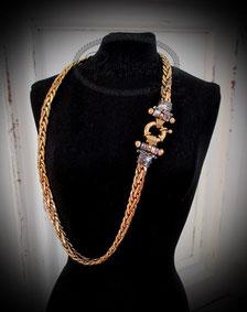 Halsketten Goldfarben