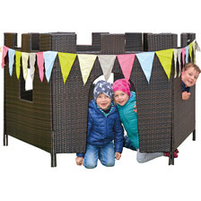 Choix de château ou maison en plastique avec 4 ou 6 panneaux en plastique de qualité. Château en plastique pour jeux d'enfants  à acheter au meilleur prix et de qualité.