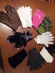 Handschuhe Fr.2.-/ 3.50, Hexenhandschuhe mit Silber-Nägel Fr.3.50