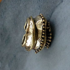 Ring versilbert