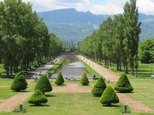 支笏湖と風不死岳と樽前山(後方)