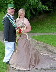 Das amtierende Königspaar der St.-Hubertus-Bruderschaft der Bürgerschützen Andy und Astrid Schreiber