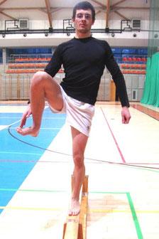 Rehabilitacja kolana: ćwiczenie nr 3 - pozycja końcowa.