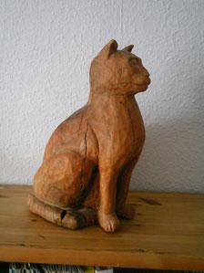 Katze aus Oliven Holz