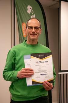 Klaus ist jetzt als Medizinprodukteberater zertifiziert