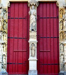 Le chambranle du grand portail