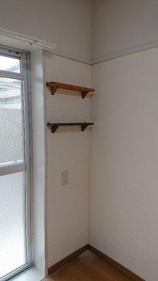 アパート室内 飾り棚