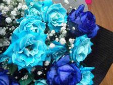 青いバラ(生花です!)