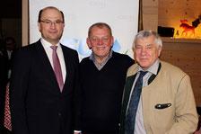 v.l.n.r. Staatssekretär Albert Füracker, OB-Kandidat Richard Graf, MdB Alois Karl; Foto: CSU Neumarkt