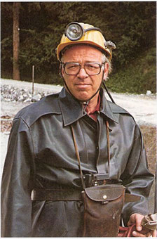 Heribert Riedler, wie man ihn kannte: Als Bergmann und allseits beliebter Betriebsleiter des Magnesitbergbaues auf der Millstätter Alpe