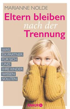 Eltern bleiben nach der Trennung, Kind mit gelben Pullover hält sich den Mund zu, Expartner, Knaur