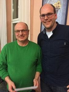 Matthias Schmelz (r.) dankt Ralf Böde (l.) für die geleistete Arbeit der letzten 4 Jahre
