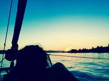 sailingzuerich, sailing zuerich,  segelschule, zürichsee, firmen events, richterswil, stäfa, segeln, zuerich, einzelunterricht, gruppenkurse, auffrischungskurse, segelkurs, romantische zweisamkeit