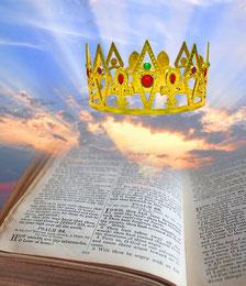 """La couronne est portée sur la tête comme symbole de puissance, d'autorité, de dignité, d'honneur et de royauté. Le mot couronne est traduit de l'hébreu """"Atarah"""" et du grec """"Stephanos""""."""