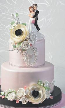 Hochzeitstorte mit Tortenfigur