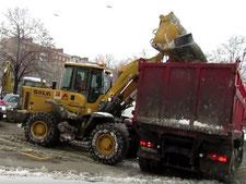 вывоз снега в спб недорого