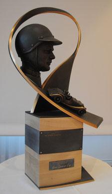 Pokalskulptur des Motorsportlers Lew Spencer, die in Kooperation mit dem »Morgan Sports Car Club« entwickelt wurde.